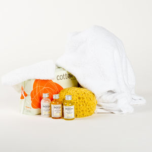 Mum To Be Essential Toiletry Gift Bundle - baby care