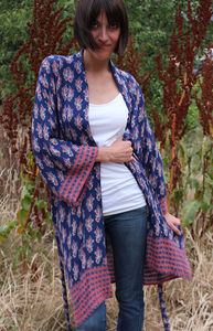 Sapphire And Rubies Short Kimono Dressin Gown