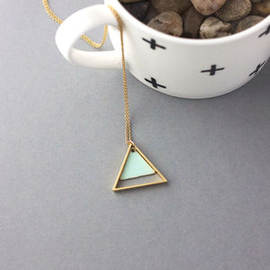 Large Geometric Two Triangle Necklace