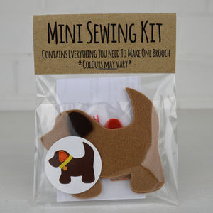 Mini Dog Brooch Sewing Kit